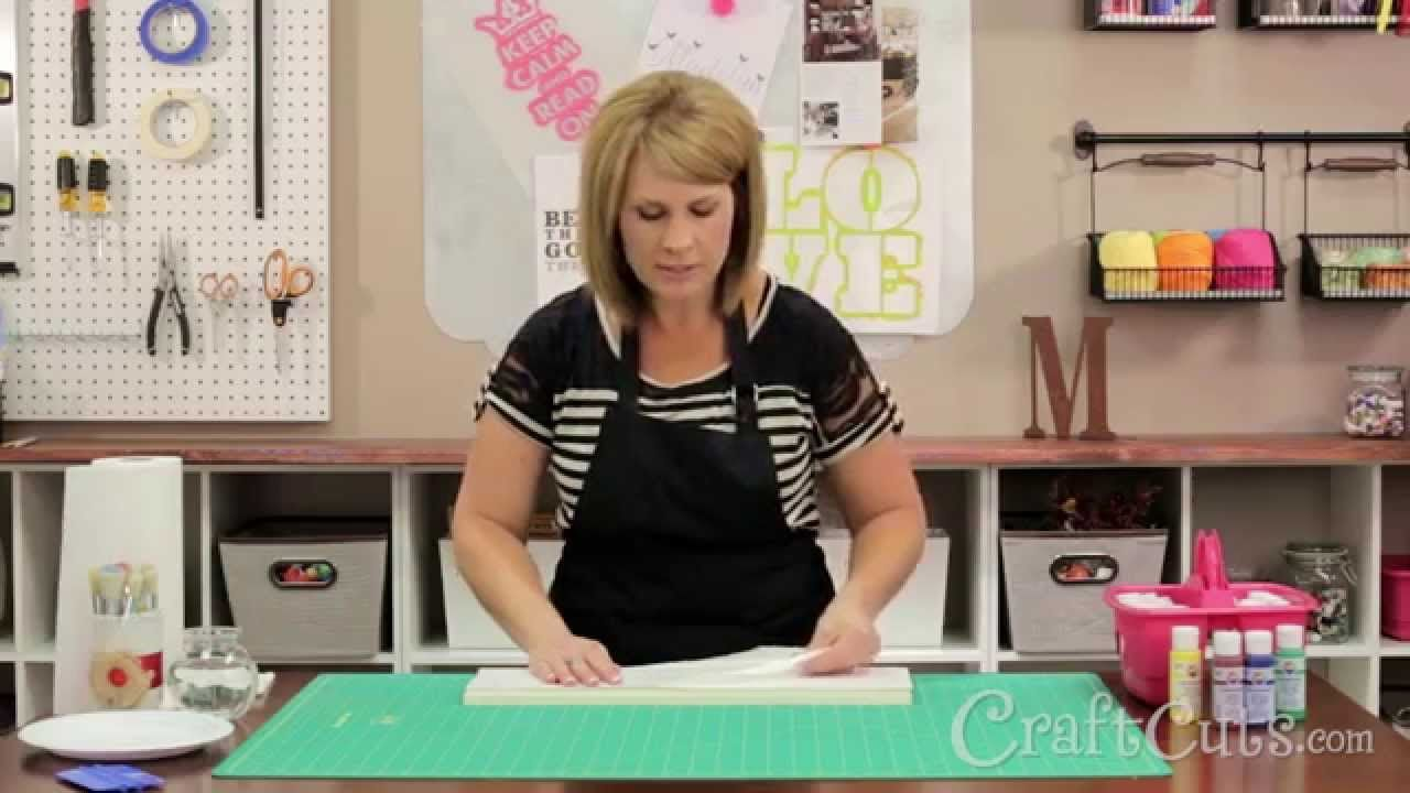 How to Make a Wood Sign with a Vinyl Stencil