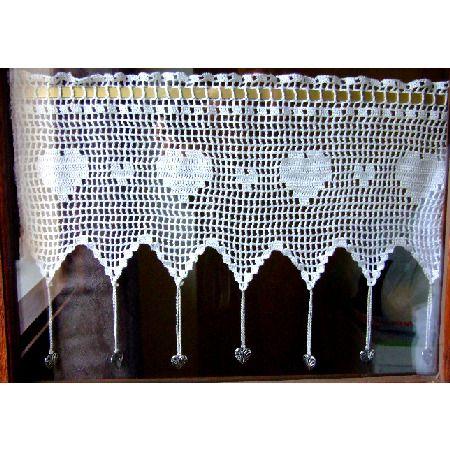 Petit rideau cantonni re au crochet et ses breloques coeur textiles et tapis par crochet - Faire ses rideaux au crochet ...