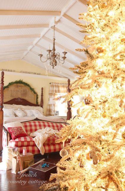 FRENCH COUNTRY COTTAGE: Joyeux Noel Bedroom