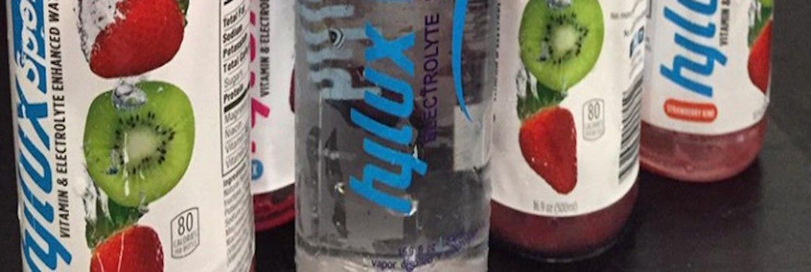 D'AmoreMcKim Student's Hylux Sport Drinks Goes ToeToToe