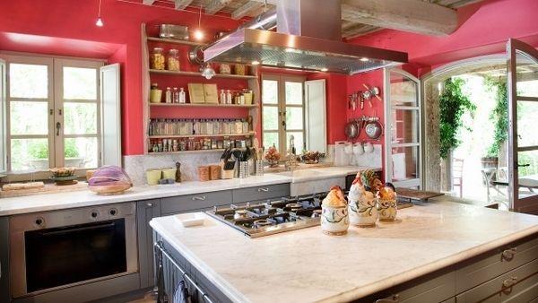tuscan-kitchen-ideas-kitchen-decoration-wall-color-ideas-fuschia.jpg (600×338)