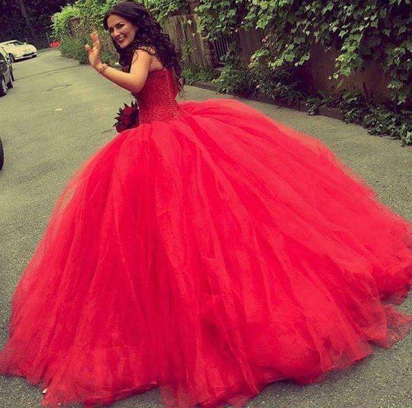 Kirmizi Kabarik Nisanlik Modelleri 2016 Wedding Gown Backless Bridal Gown Tulle Ball Gowns