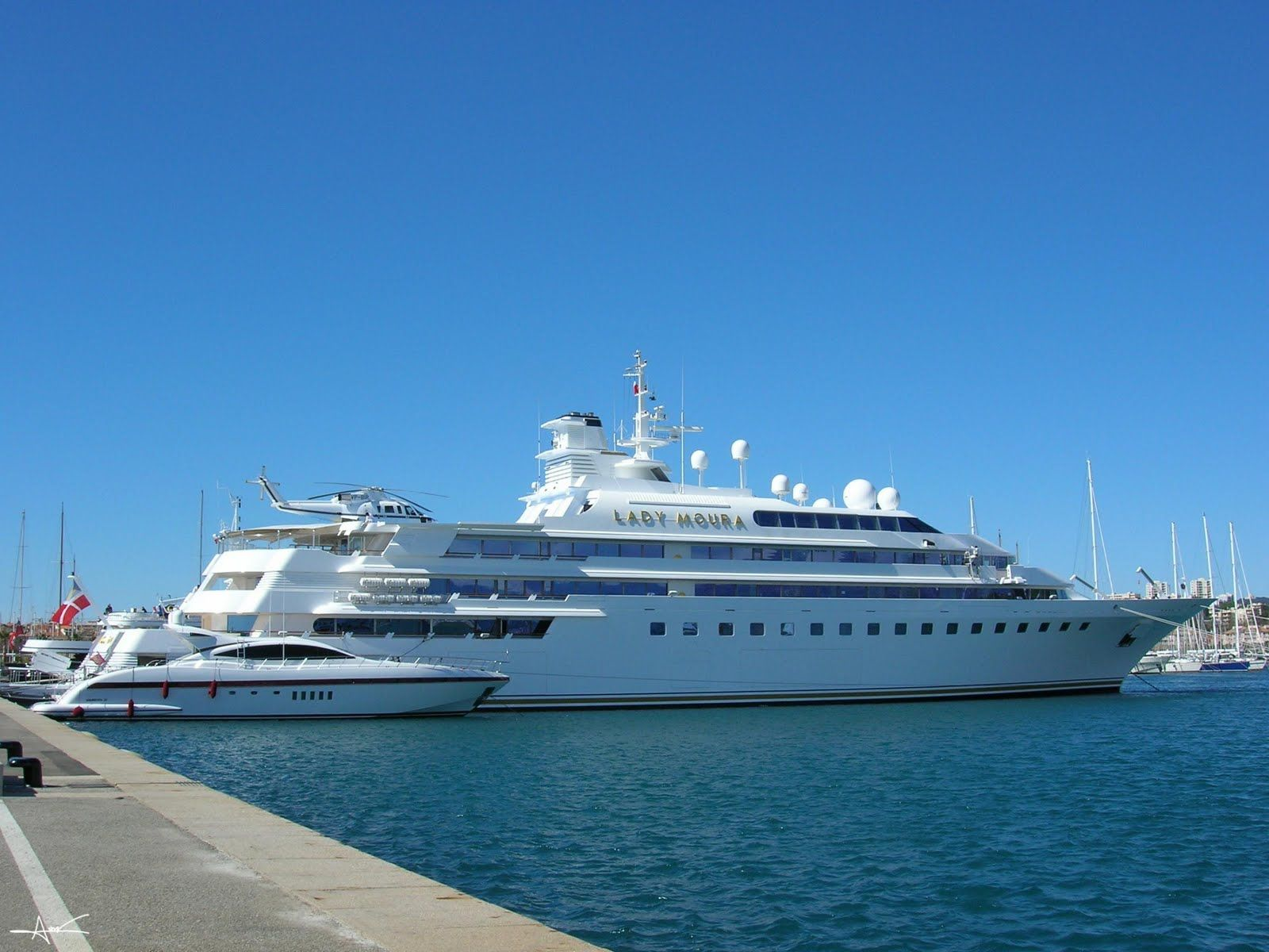 Photos Of Yachts