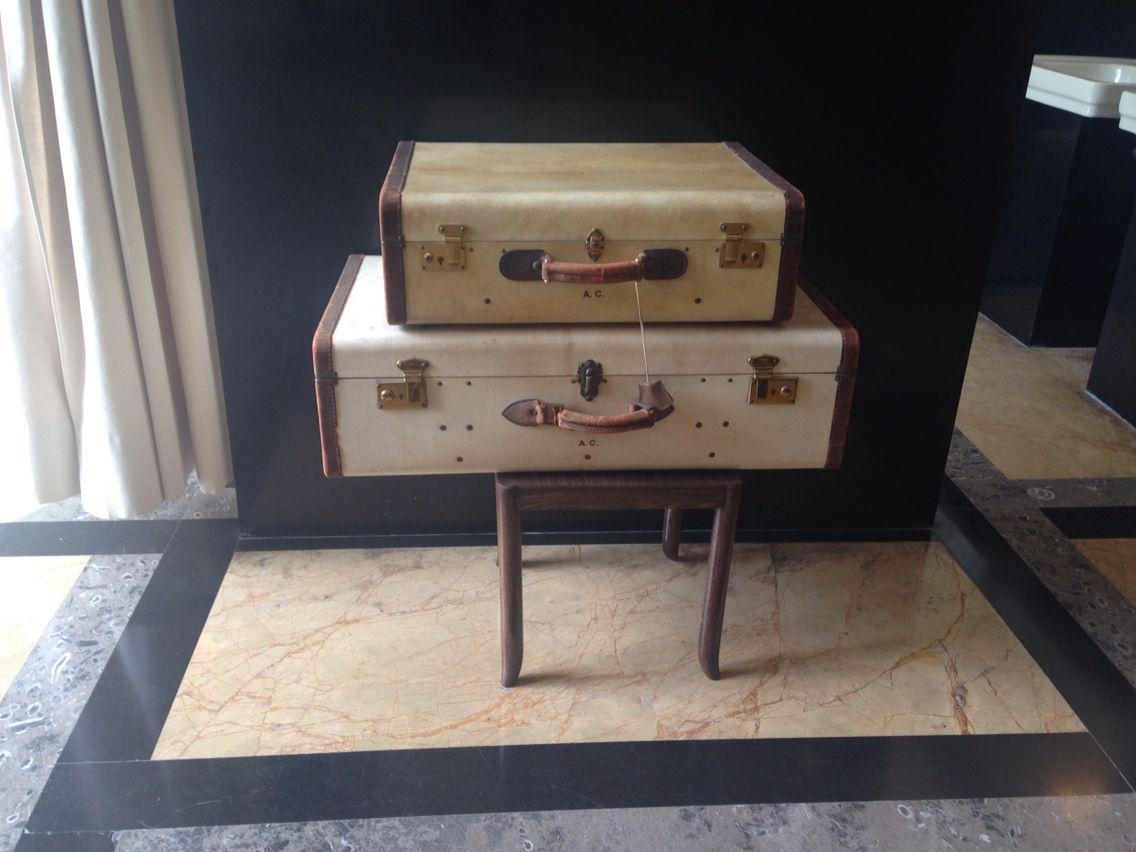 Una valigia... Un nuovo viaggio o Un vecchio ricordo.. Villa Necchi Campigli, Milano