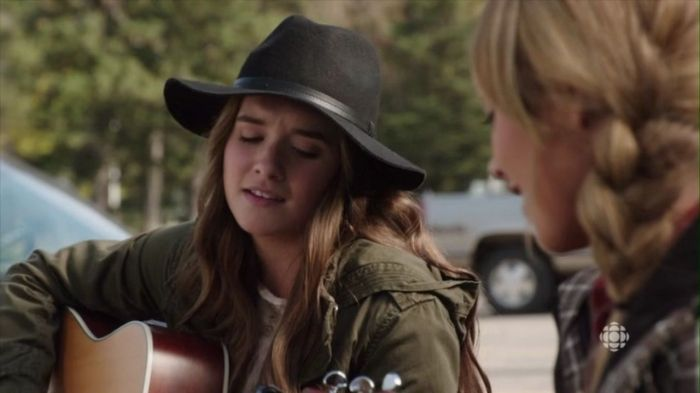 Amy Brooke (Stephanie LaRochelle).