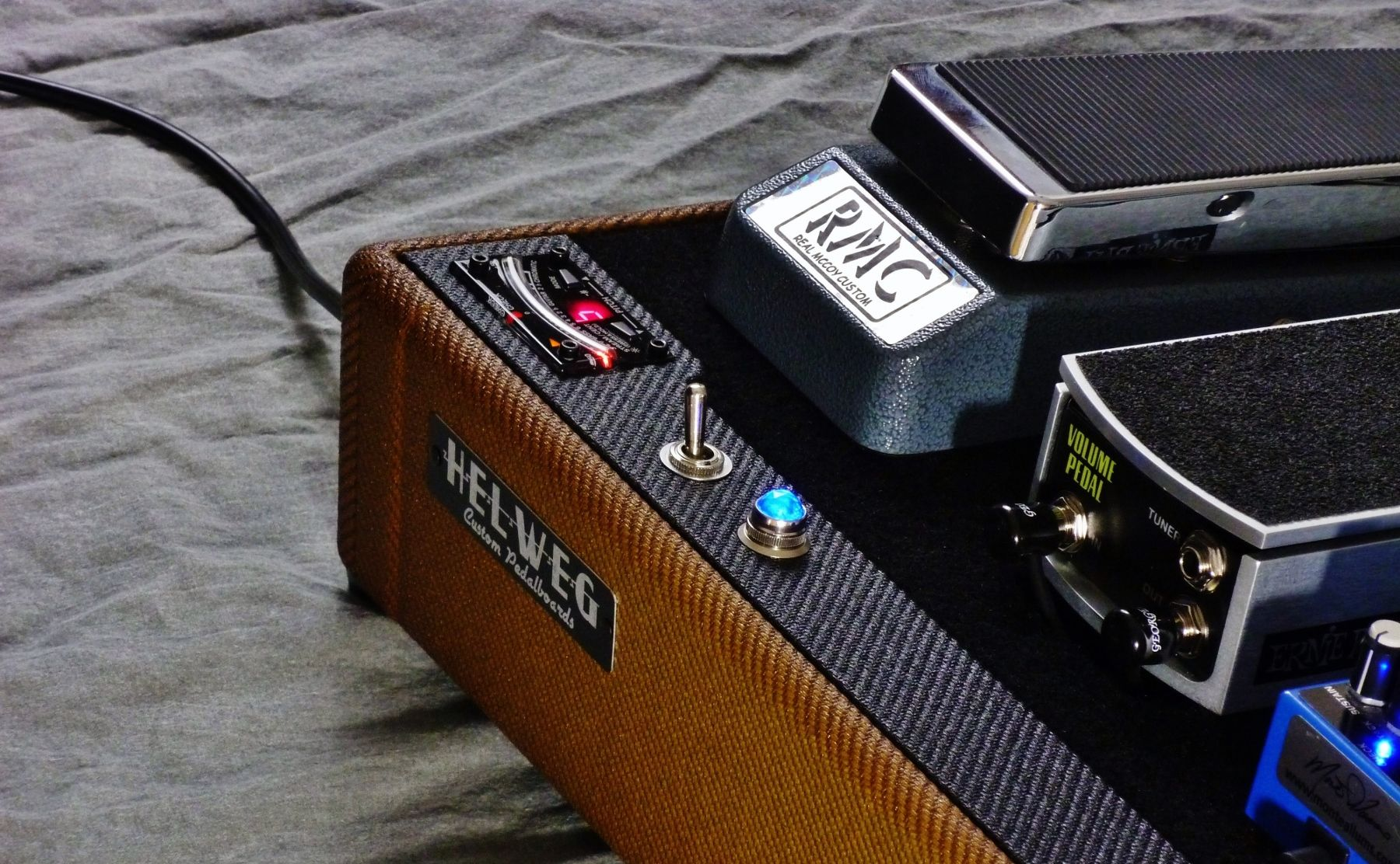 pin by nathan morgan on products i love in 2019 guitar pedals diy pedalboard diy guitar pedal. Black Bedroom Furniture Sets. Home Design Ideas