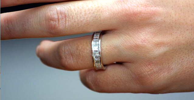 Photo engagement diams ring gold wedding gift 1 zpshgylixtz.png