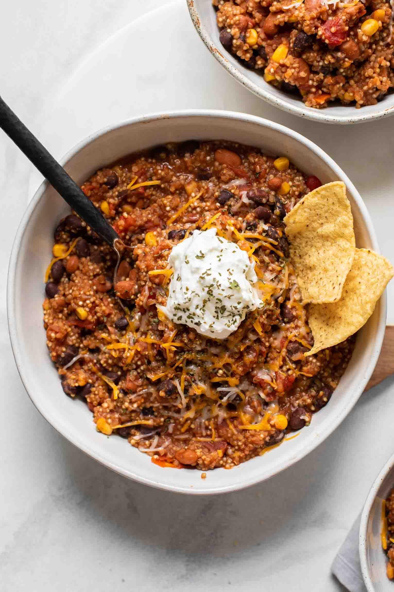 Easy Quinoa Chili Jar Of Lemons Recipe Easy Quinoa Quinoa Chili Beef Recipes Easy