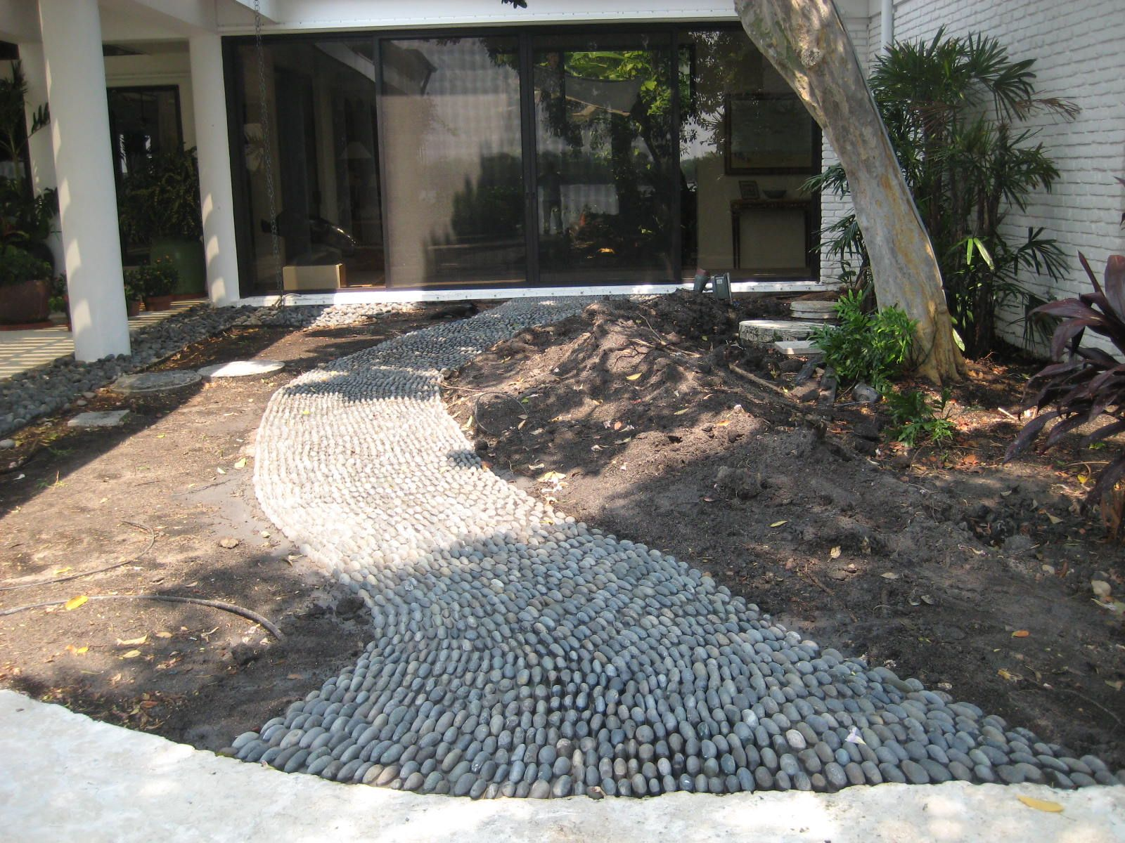 river rock walkway home landscape walkway edging