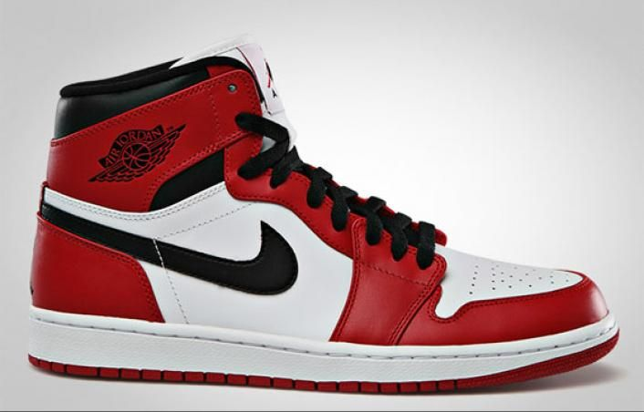 "Air Jordan 1 High ""Chicago"" - Official Images"