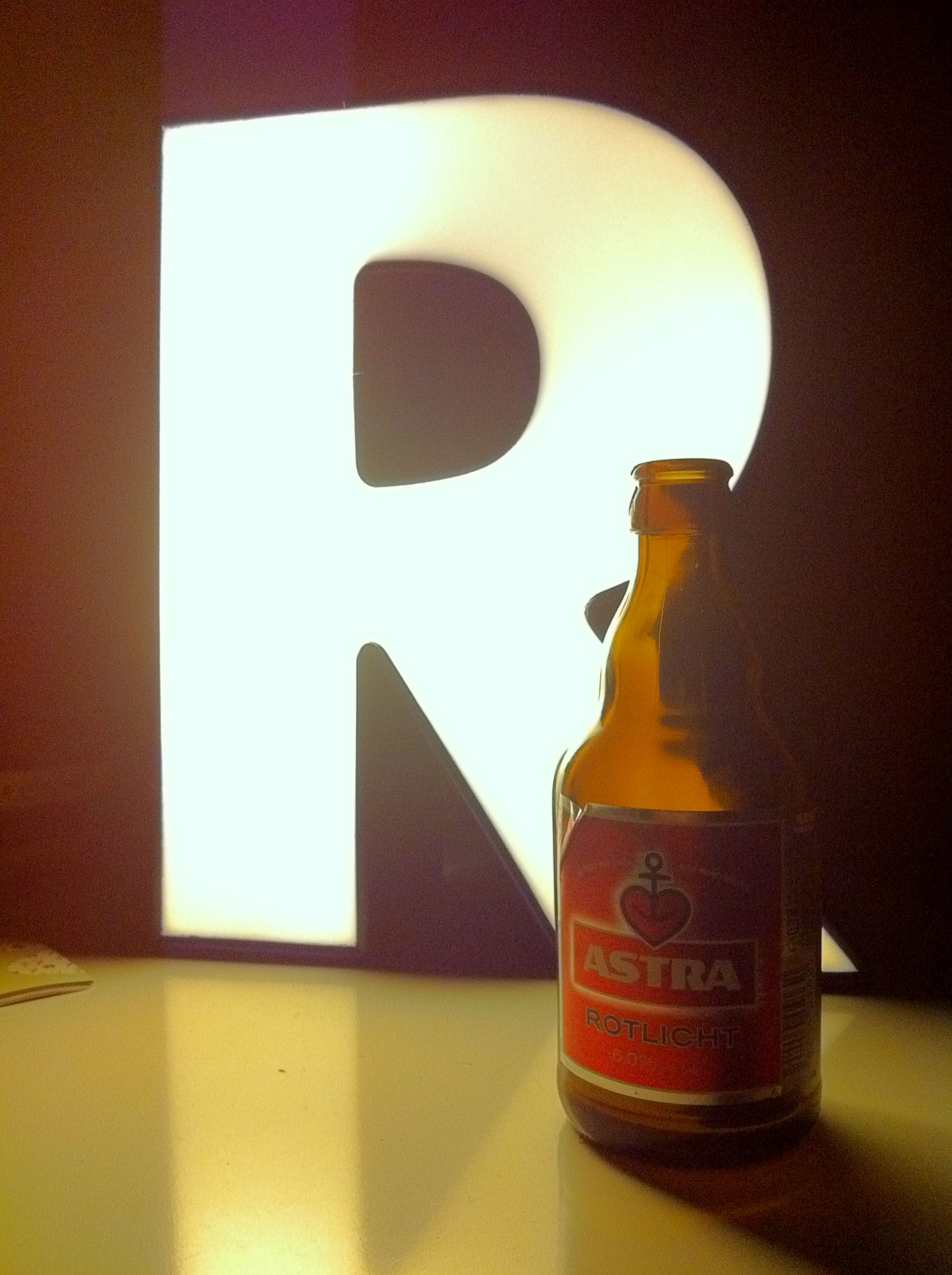 Rotlicht (Red Light) beer+ R, home, Berlin 2012