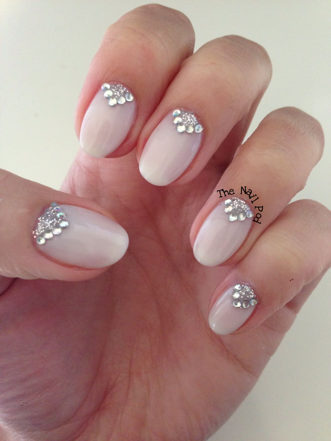 CND Shellac in Romantique with glitter and sparkle design