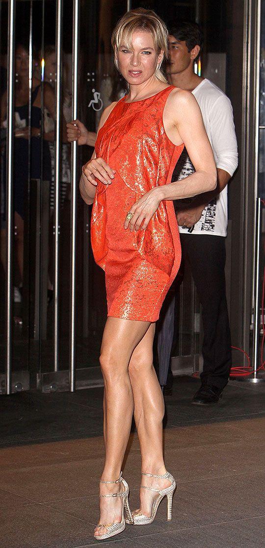 Renee Zellweger  Shes Got Hot Leggggggs  Renee -7468