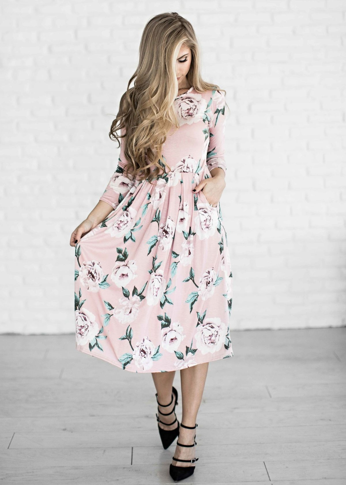 6ed1b4de3899 15 stylish church Easter outfits for women to get ideas from ...