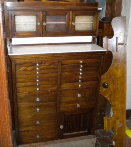 Meuble De Dentiste Antique Autre Ville De Montreal Kijiji Kijiji Home Decor Decor