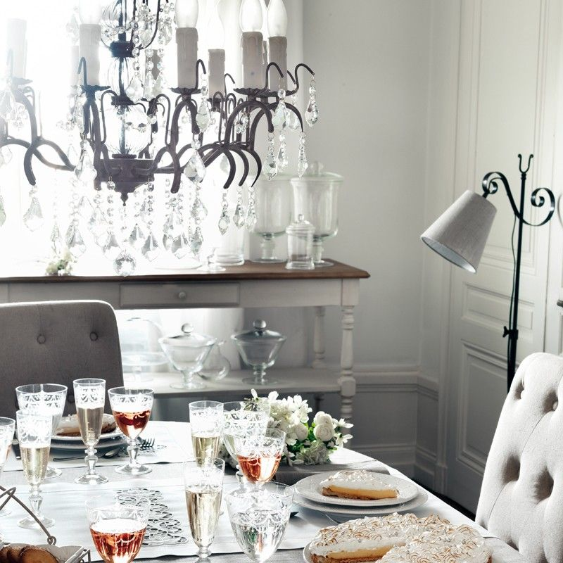 comptoir de famille lustre pampille 12 inspiration. Black Bedroom Furniture Sets. Home Design Ideas