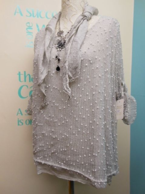 QUIRKY BOBBLE KNIT LAGENLOOK BOW BACK TUNIC TOP IN LIGHT GREY PLUS SIZE 14-18