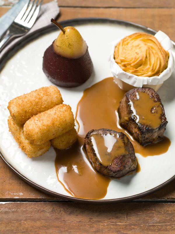 M daillon de biche sauce au pain d pices poire au vin rouge pur e de c leri rave et - Marinade pour gibier ...