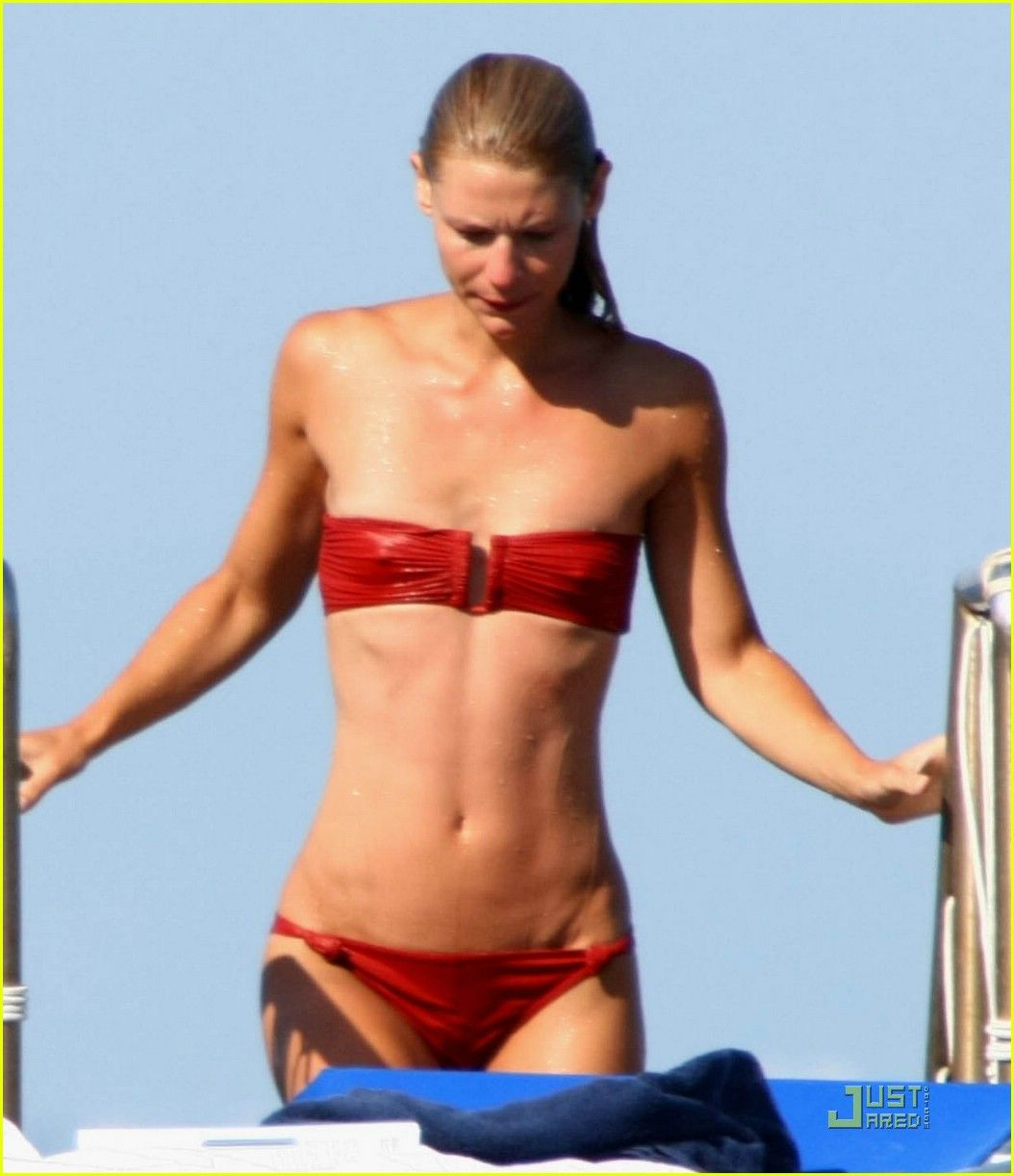 Claire Danes is an Ischia Fest Freak 4 | Small Boobs are ...
