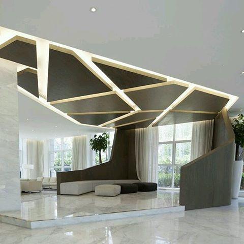 Elegante dise o de interiores con m ltiples detalles - Madera para techos interiores ...
