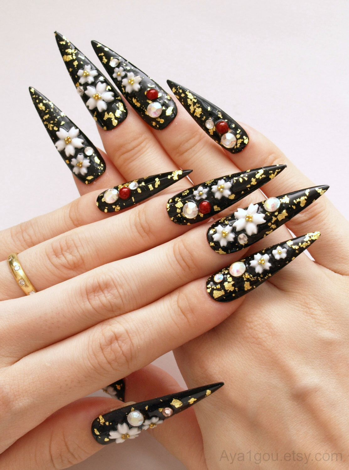 Stiletto nail, pointy nail, Japanese 3D nails, cherry blossom, black ...
