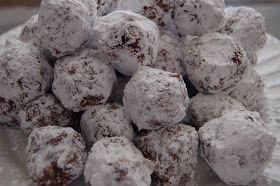 C'est si bon Sweets: Eskimo Snowballs- Week 6 of the 12 Weeks of Christmas Cookies