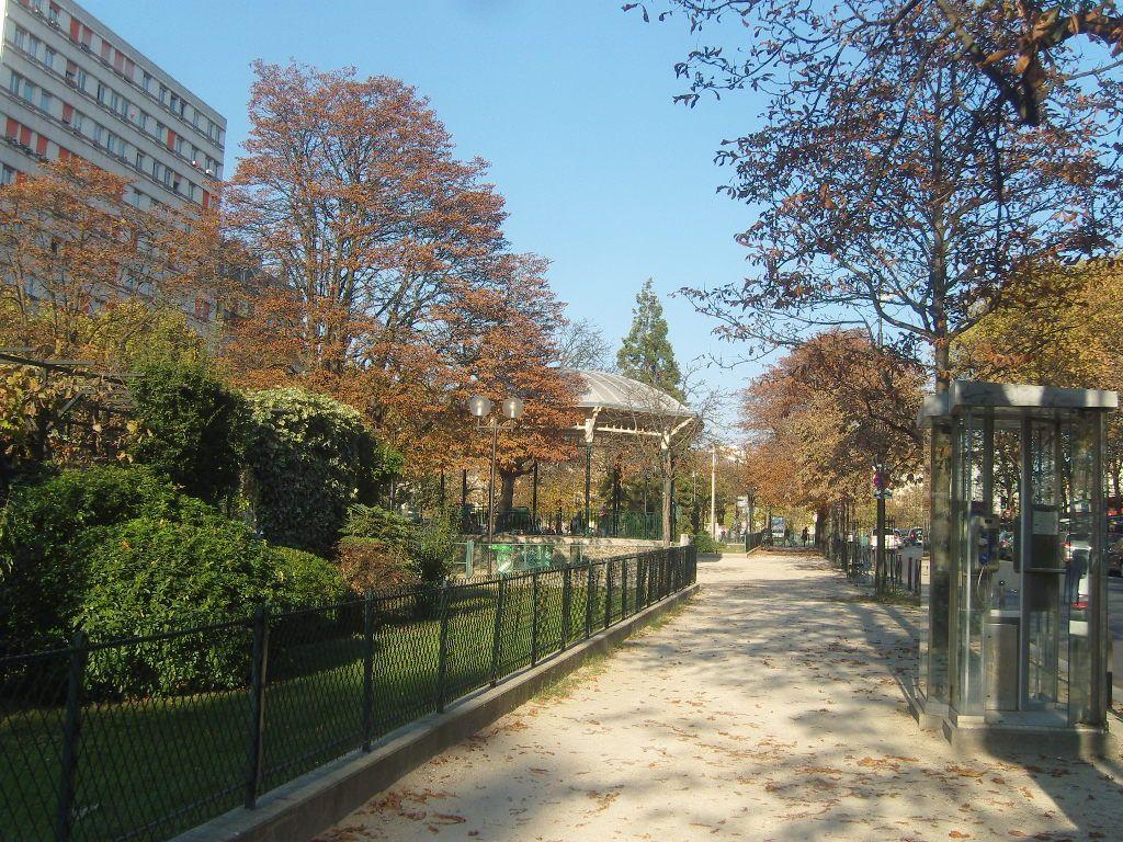 Paris 13e Boulevard AugusteBlanqui vue vers l'est, à