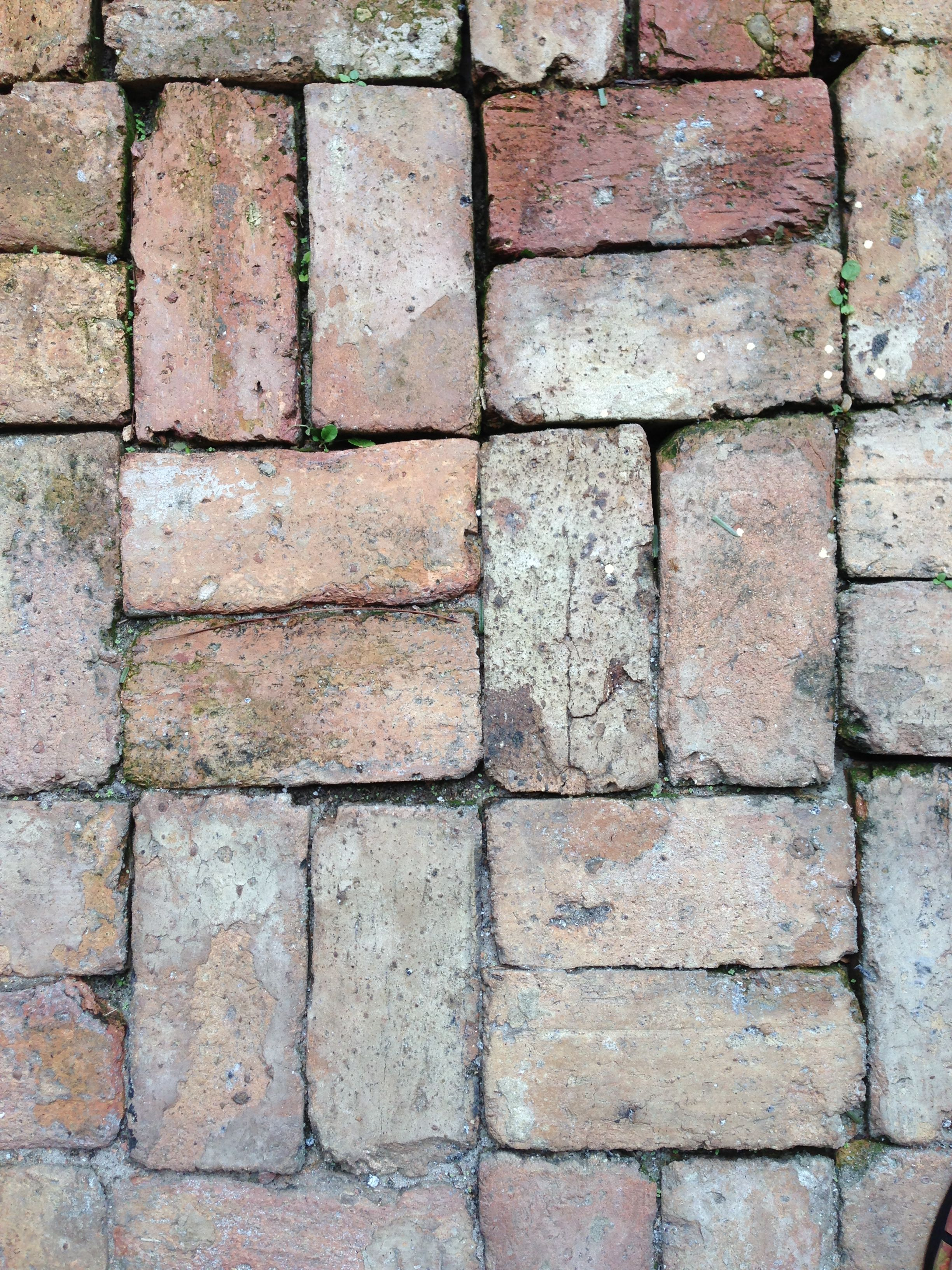 Old Chicago Brick Patio. Very durable and easy maintenance ...