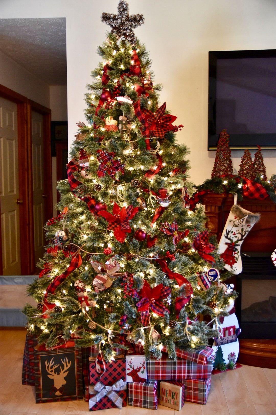buffalo check cabin rustic christmas tree christmas. Black Bedroom Furniture Sets. Home Design Ideas