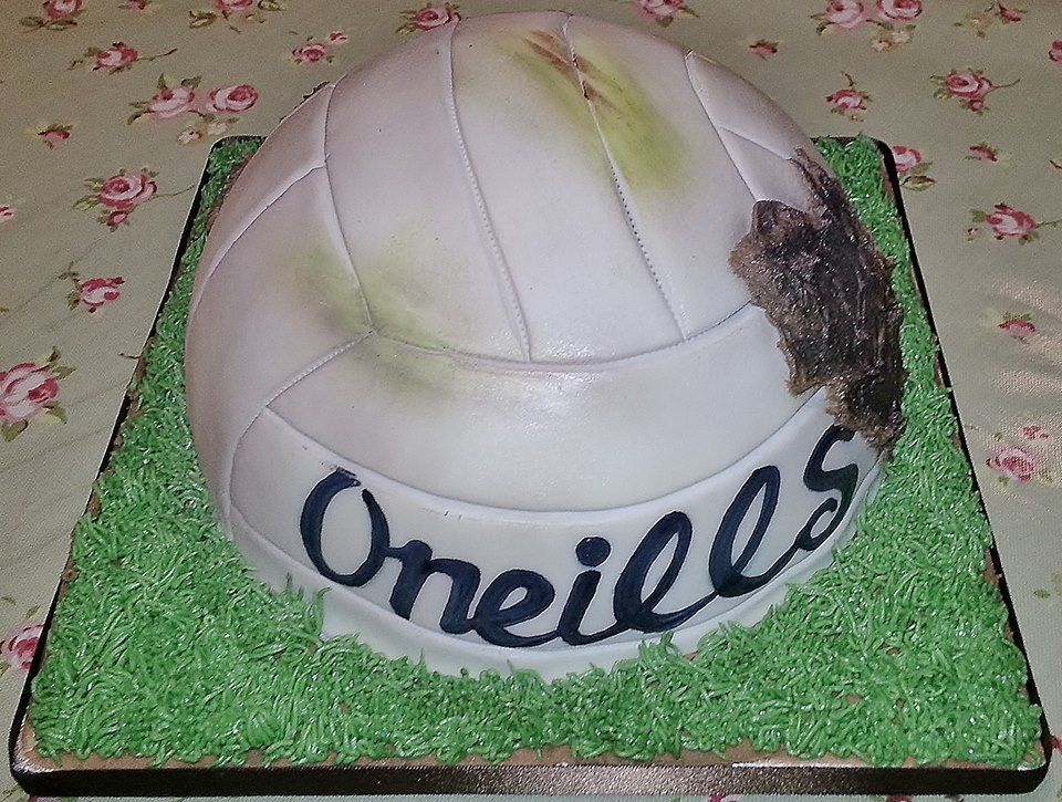 GAA Ball Cake Gaelic Football Pinterest Cake Birthday