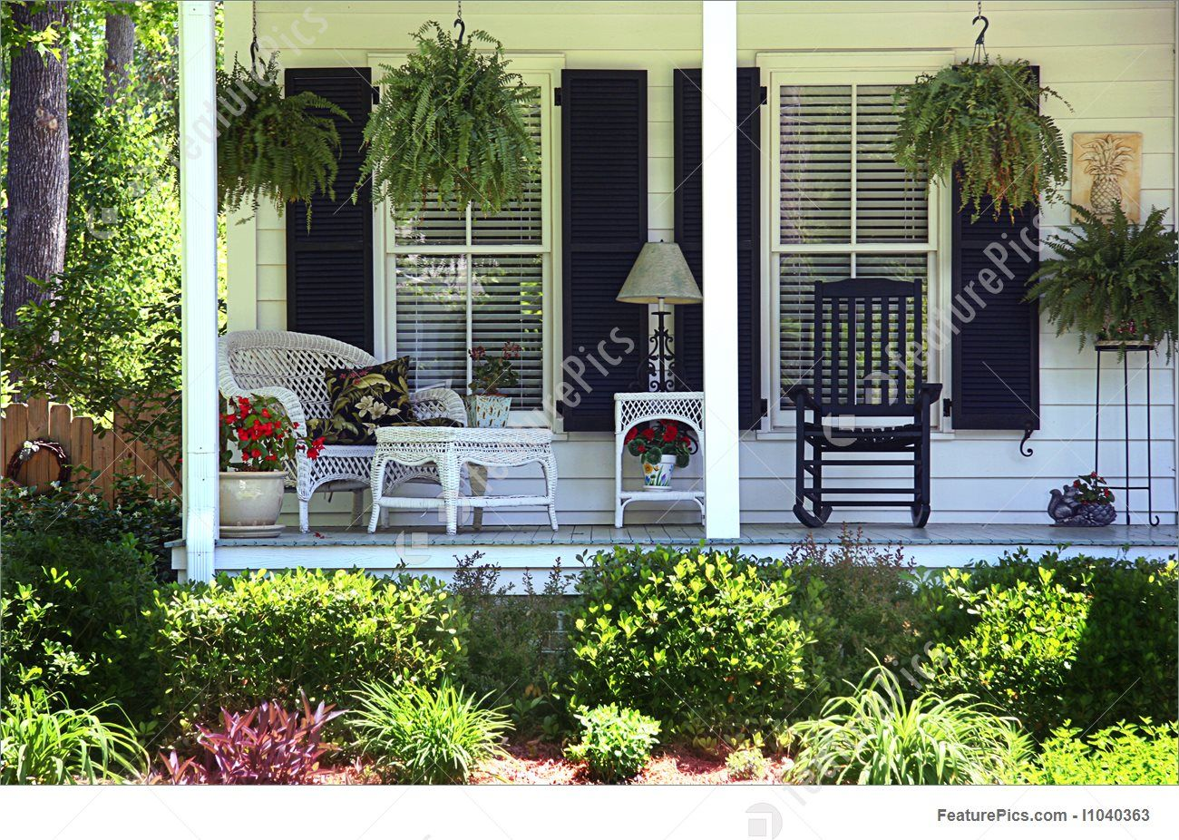 Picture Of Southern Living In 2020 Mobile Home Porch Front