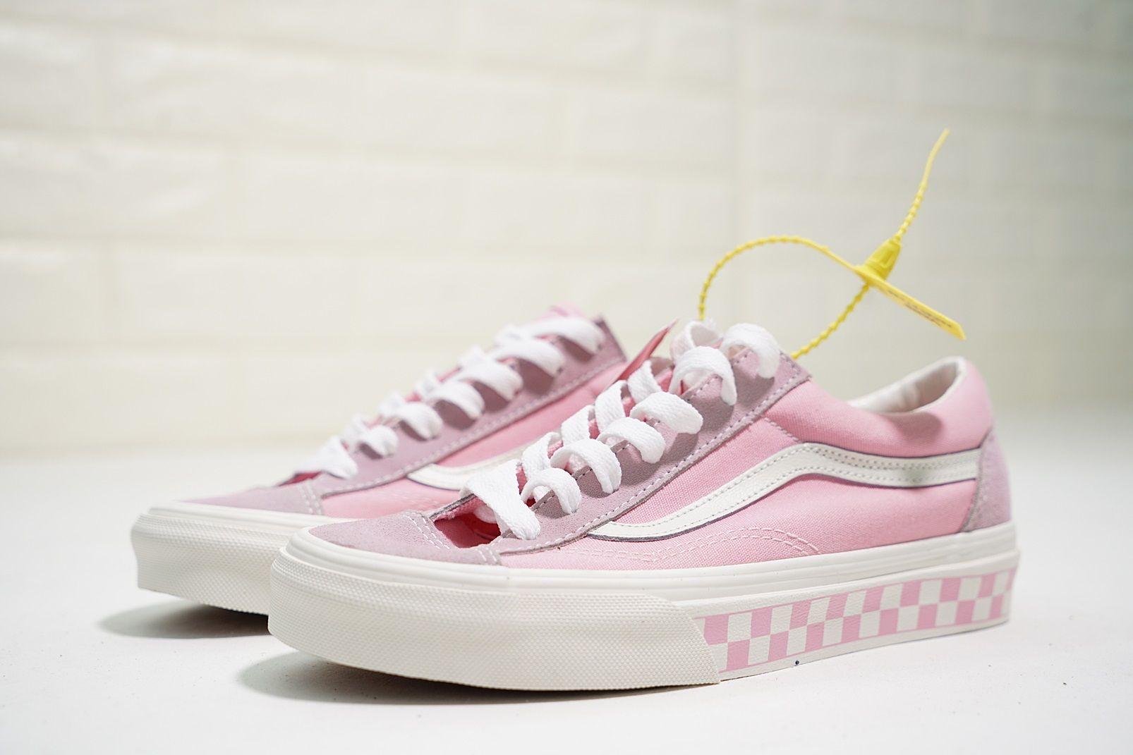 hot sale online 9c5c2 f6d1b vans vault og style 36 grid 日本限定格子底女款滑板鞋粉白
