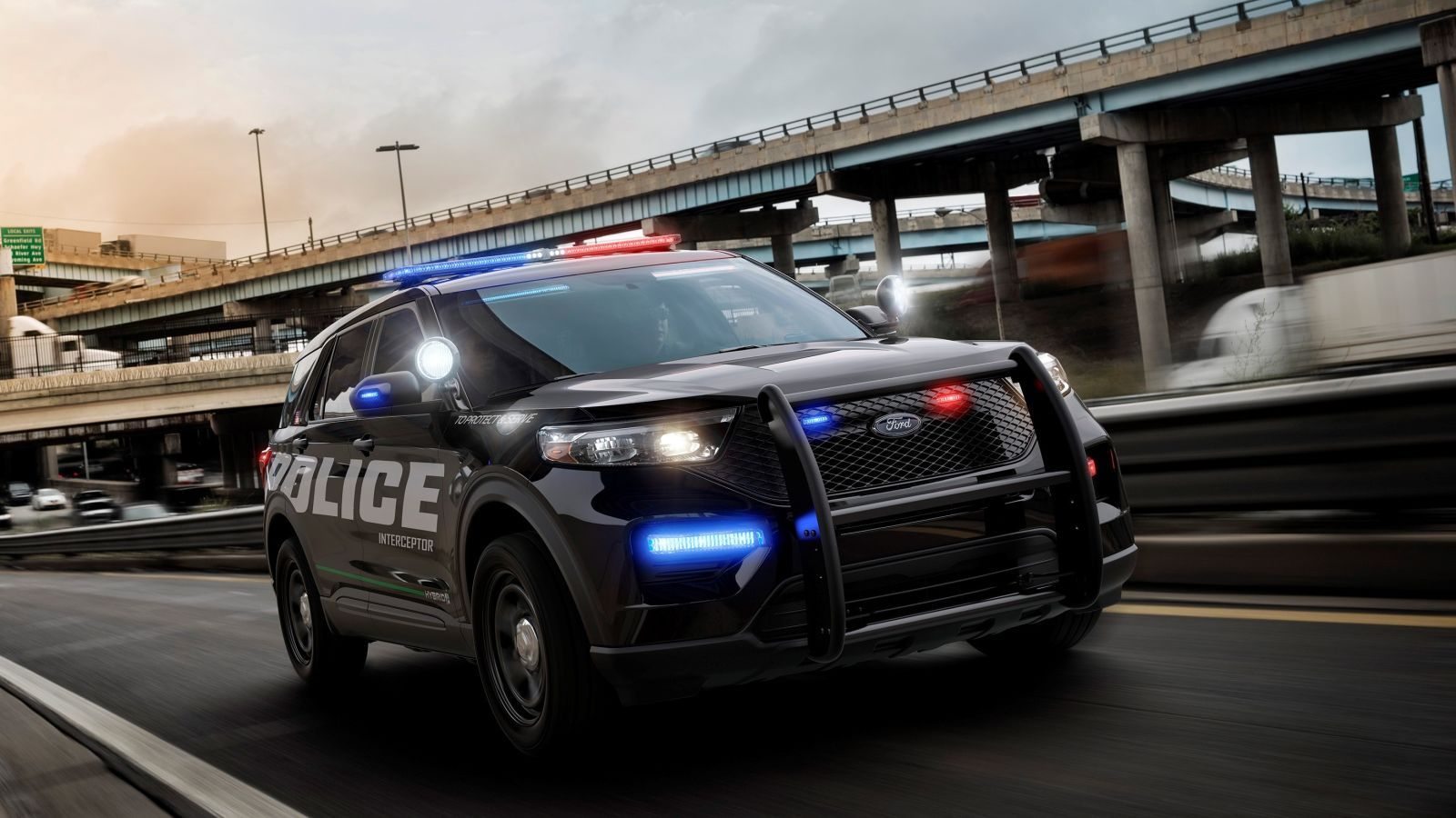 The New Hybrid Ford Police Interceptor Utility Is Going To Save Us All A Lot Of Money In 2020 Ford Police Police Cars Ford Explorer
