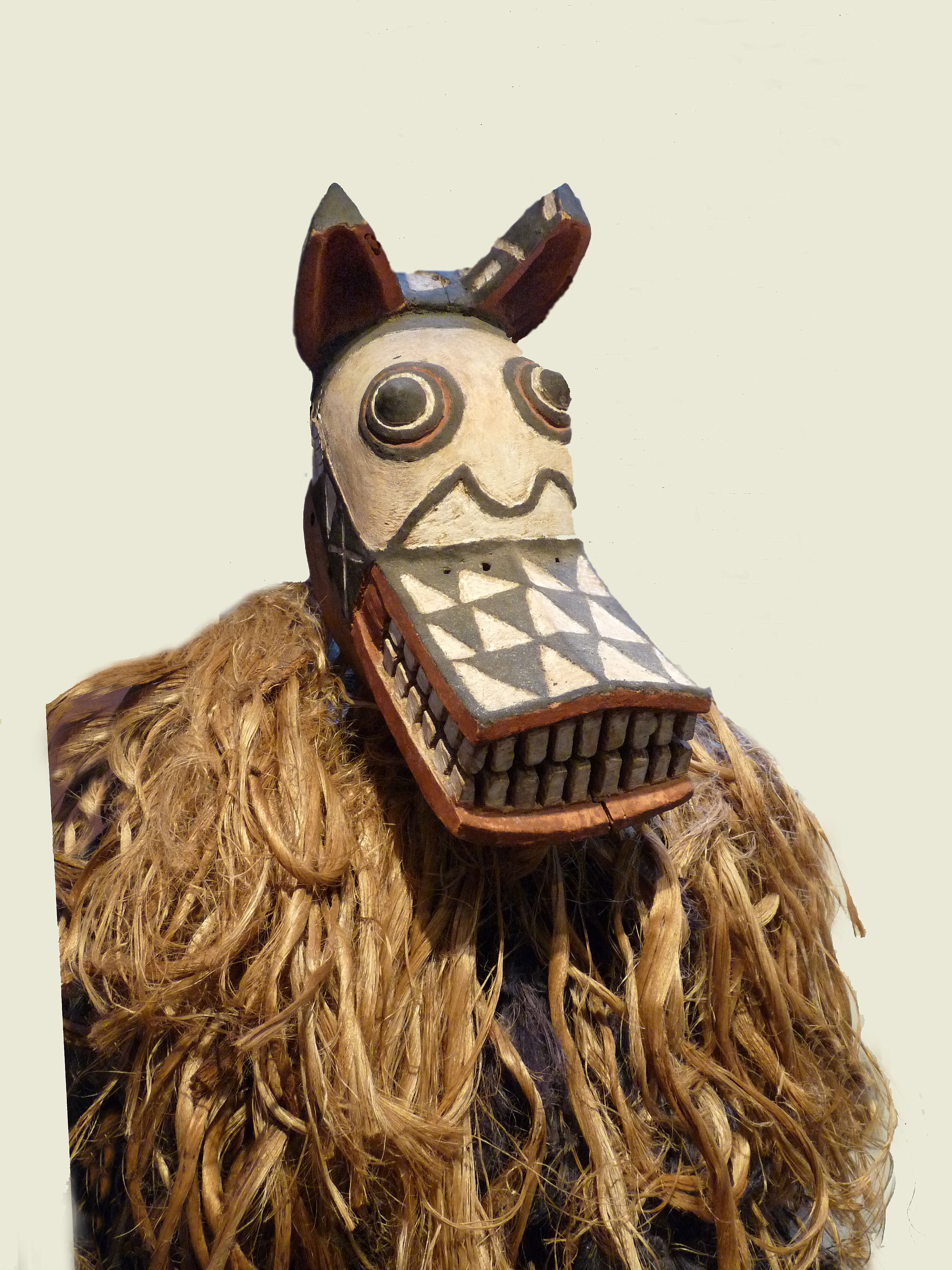african animal masks Buscar con Google African masks
