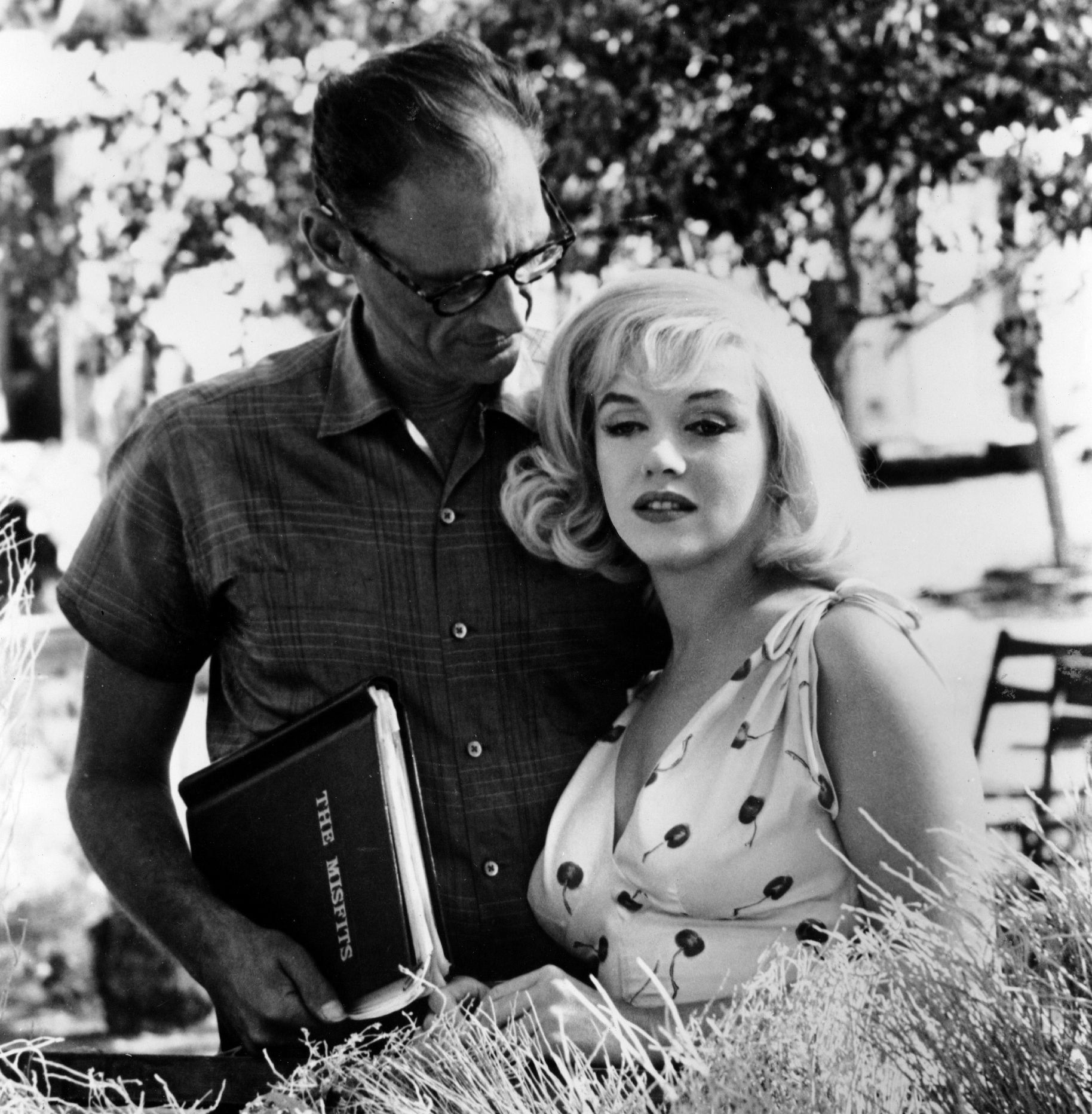 "Marilyn Monroe and Arthur Miller on the set of ""The Misfits"", 1960."