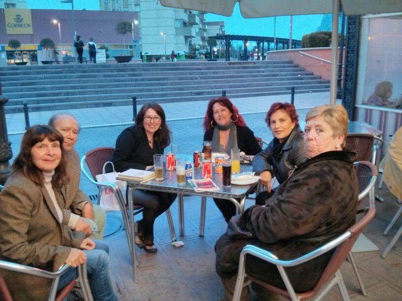 Con escritores en La Linea.