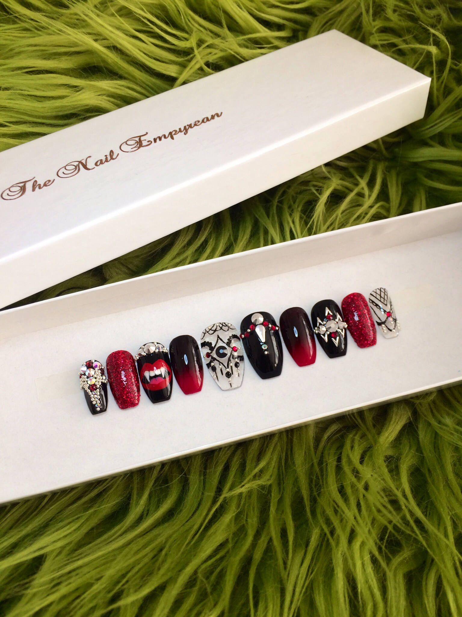 Press on nails ~ Vampire costume ~ Halloween press on nails ...