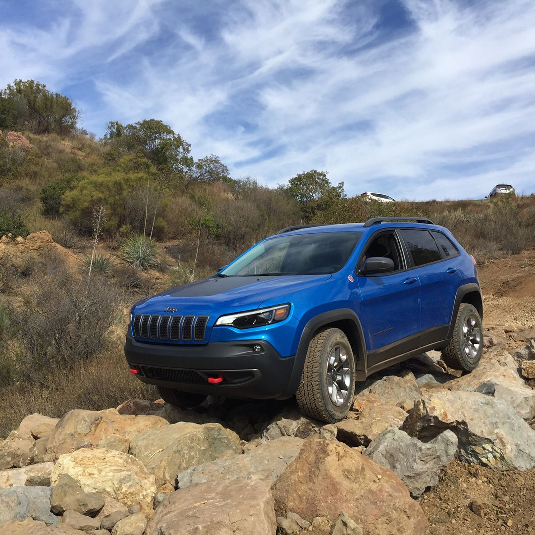 2019 Jeep Cherokee Trailhawk Kelley Blue Book Kbb Com On Instagram Testing The Off Road Chops Of The Jeep