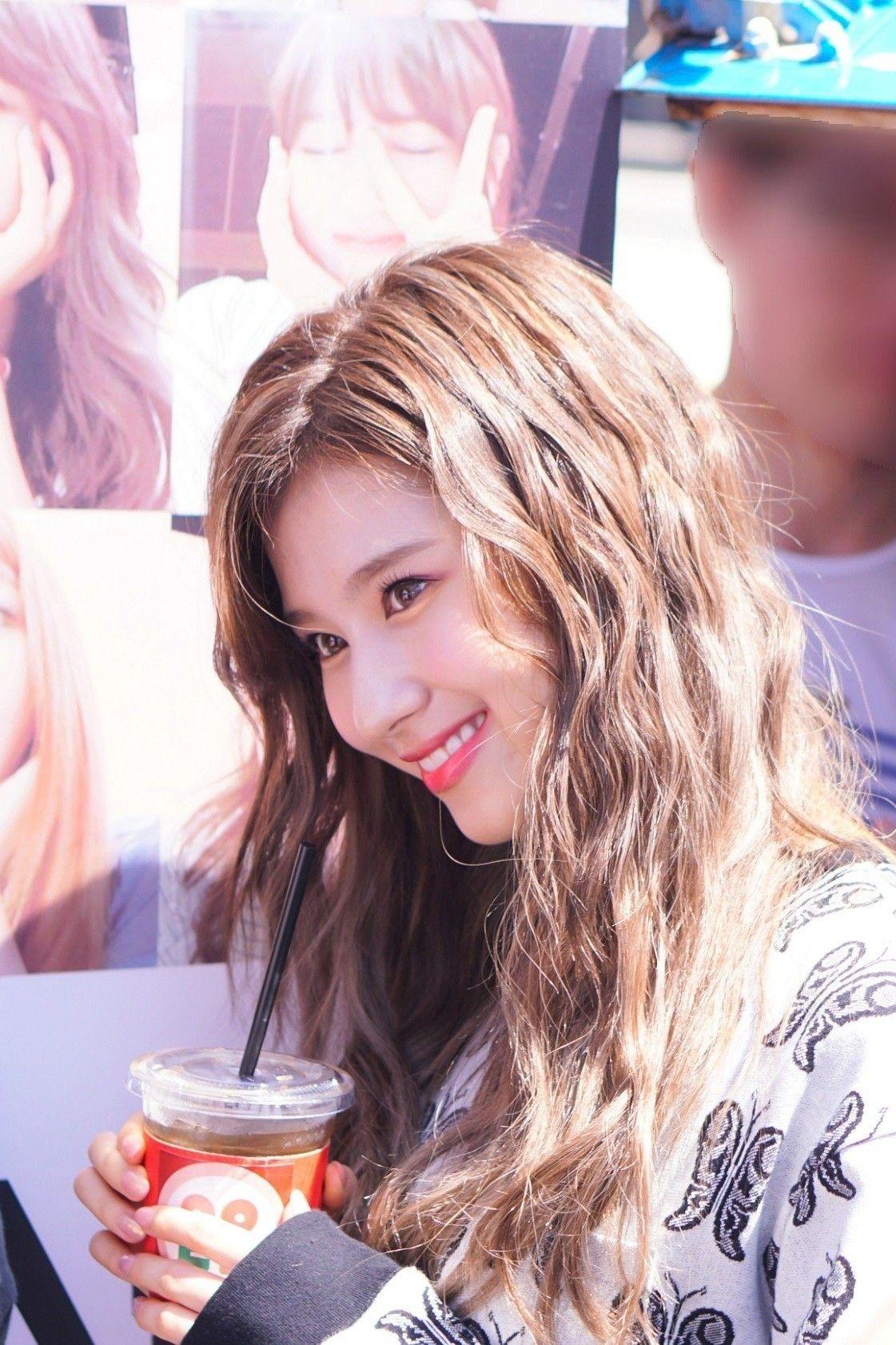 Sana Twice 180719 Idol Room Coffee Truck Kpop Hair Twice Sana Beauty