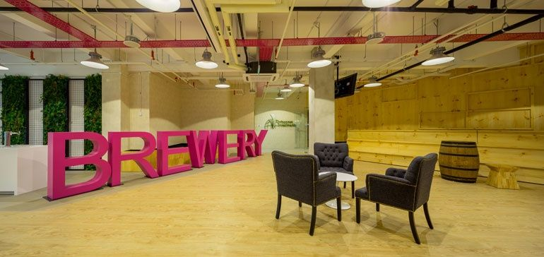 Innovative Office Designs in Singapore Attract Global Companies - innovatives interieur design microsoft