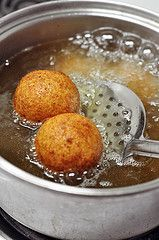 Cuban Potato Balls (Papas Rellenas #cubanrice