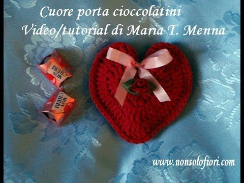 Photo of Heart porta cioccolatini all'uncinetto per San Valentino