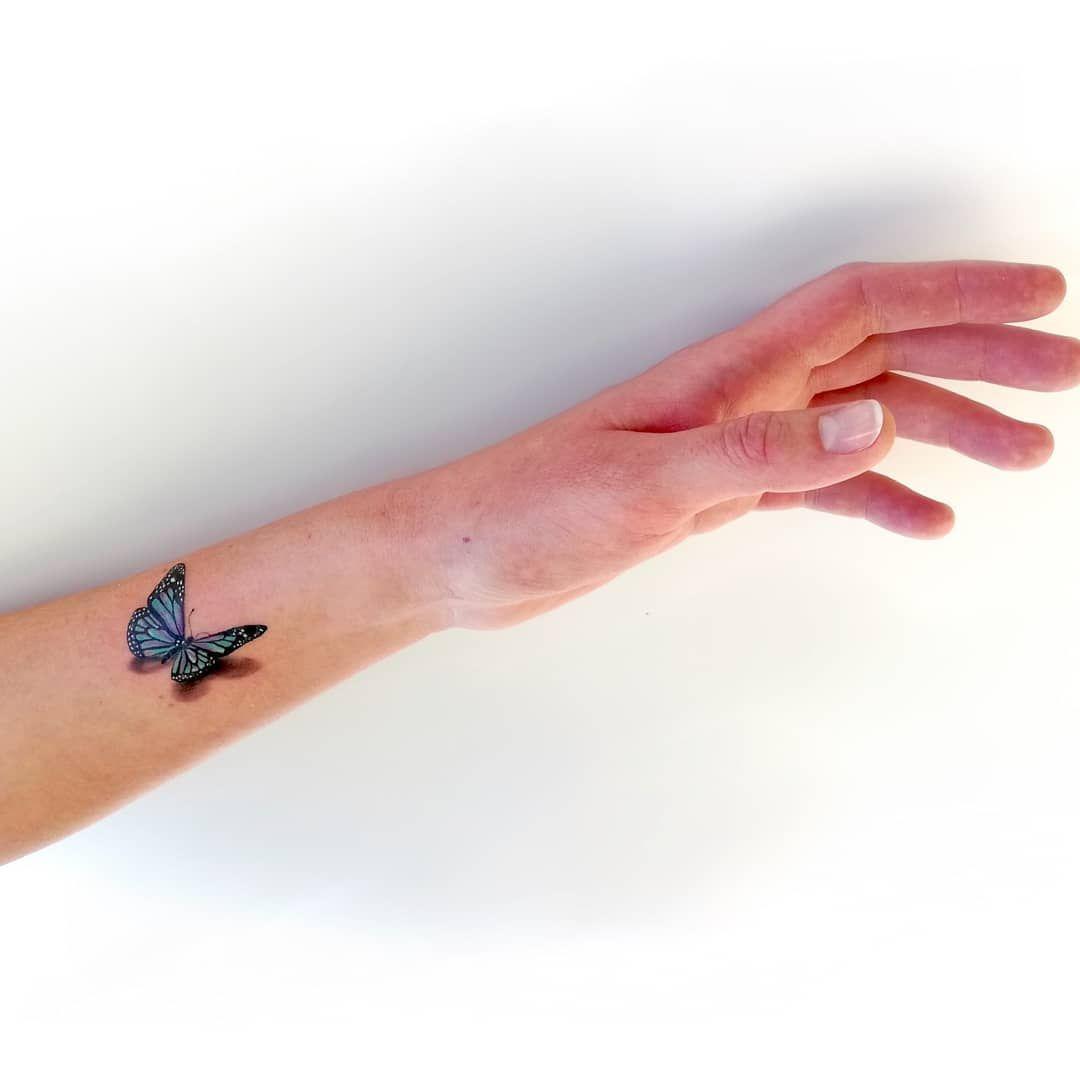 Motylek dla Marty  . . . . . #tatuaż #wroclaw #polishtattoo #polandink @polandink @ktosieniedziaratenfujara #tattoo_witryna @tattoo_witryna #butterflytattoo #delicatetattoo #beautifultattoo #armtattoo #smalltattoo #tinytattoo #colortattoo #3dtattoo #bluetattoo #colorfultattoo #girlytattoo #polishgirl #polishtattooartist #wroclawtattoo #tattoodesign #tattooart #tattoomasz