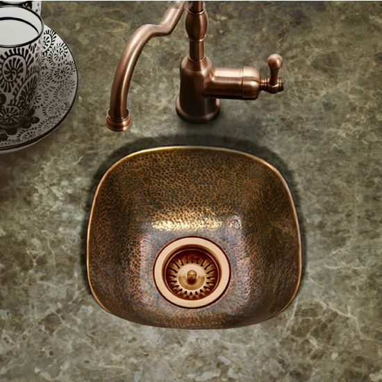 The Hammerwerks Schnapps Bar Prep Sink By Houzer Features A Flat Lip Edge And Measures 12 Inch W X 12 Inch D X 6 Inch H Available In A Prep Sink Bar Sink Sink