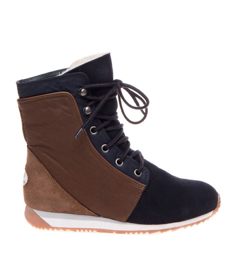 8e2dfaf22fa Emu Australian. 100% australian sheepskin boots. We ship within EU ...