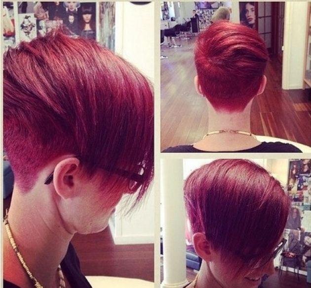 Cheveux courts + couleur flahy... 11 photos qui montrent