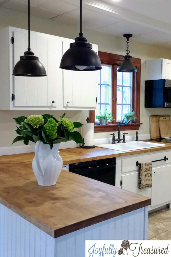 As The Below Kitchens Prove Butcher Block Countertops Can Go With Kitchen Cabin Diy Kitchen Remodel Ikea Butcher Block Countertops Kitchen Remodel Countertops