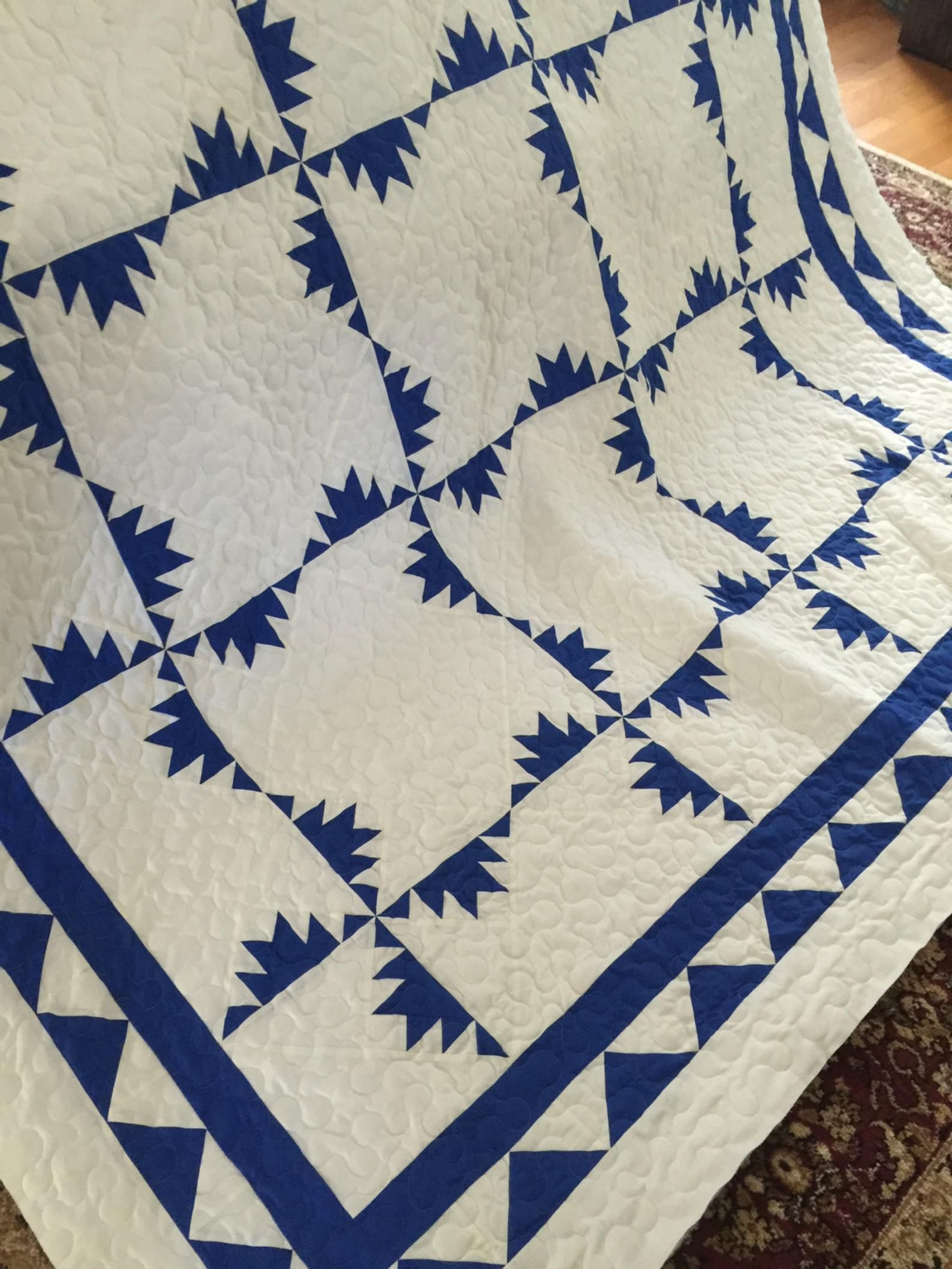 Quilt Kansas Trouble Royal Blue and White Queen Blue