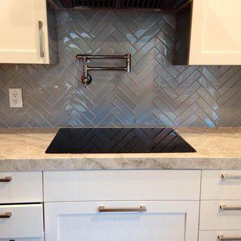 Best Grey Herringbone Pattern Kitchen Backsplash Kitchen 400 x 300