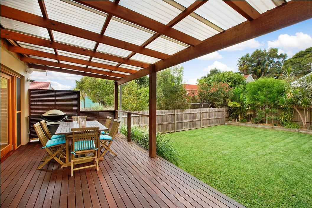 Superior Love The Roof! Backyard Decking Ideas For Better Backyard Design: Backyard  Decking Ideas Family Design